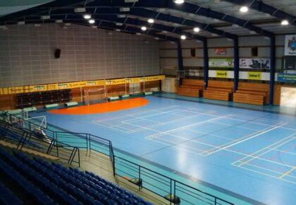 Grafik hali widowiskowo-sportowej w Kępnie – wolne miejsca