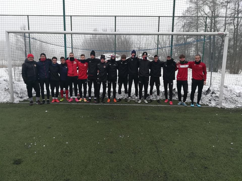 Zgrupowanie juniorów drużyny MKS Parasol Wrocław na kępińskich obiektach