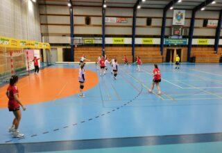 Kolejne spotkanie drużyny SPR Kępno w hali widowiskowo-sportowej w Kępnie